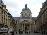 Chapelle_de_la_Sorbonne_cour